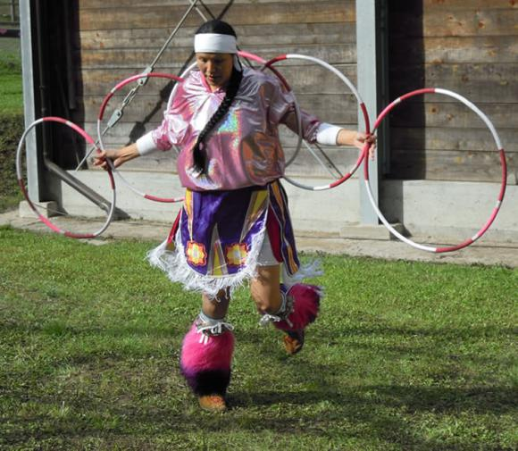 Pd Chalifoux - Hoop dance
