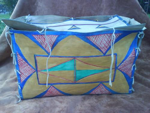 Box di Rowhide - Lakota/Sioux